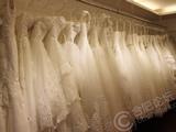 让每个女孩穿最美婚纱